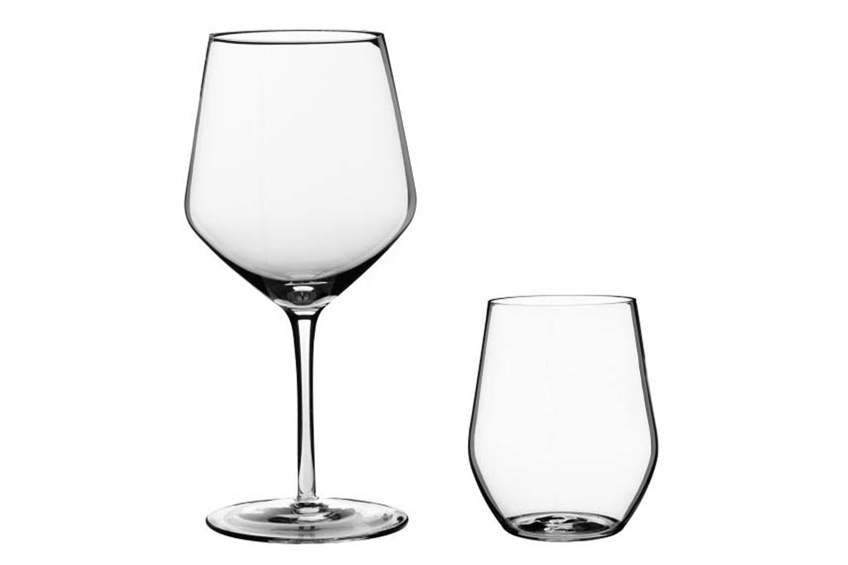"Ivrig <br /> Dining glass<br /> Produced by <a target=""blank"" href=""http://www.ikea.com/"">IKEA</a>."